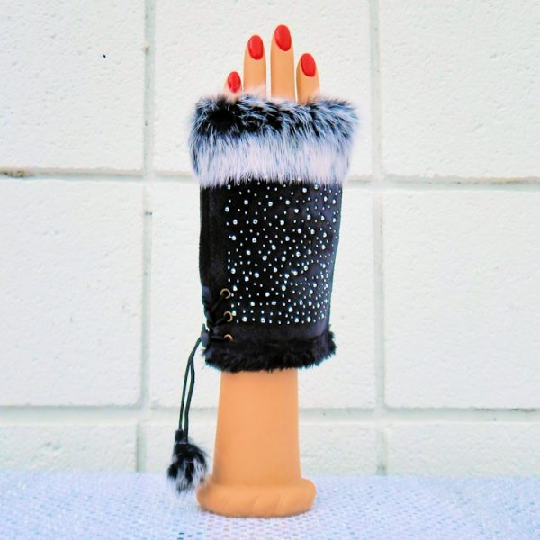 Black Star- Studded Fingerless Gloves